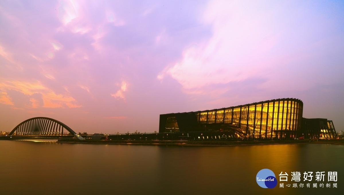 故宮與Google文化學院合作 線上展出「龍藏經」等經典文物