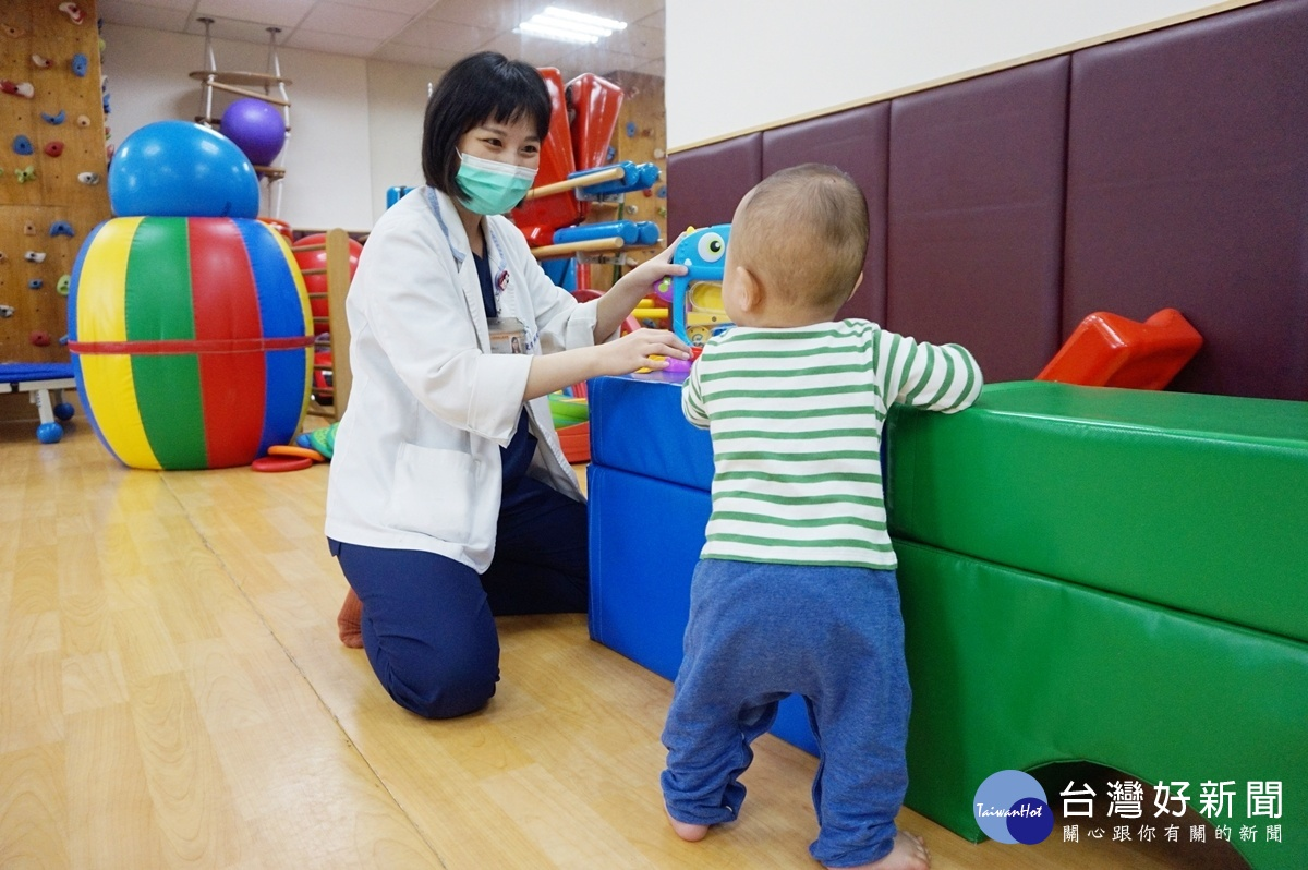 把握黃金期 新竹馬偕提供完善新生兒早療服務