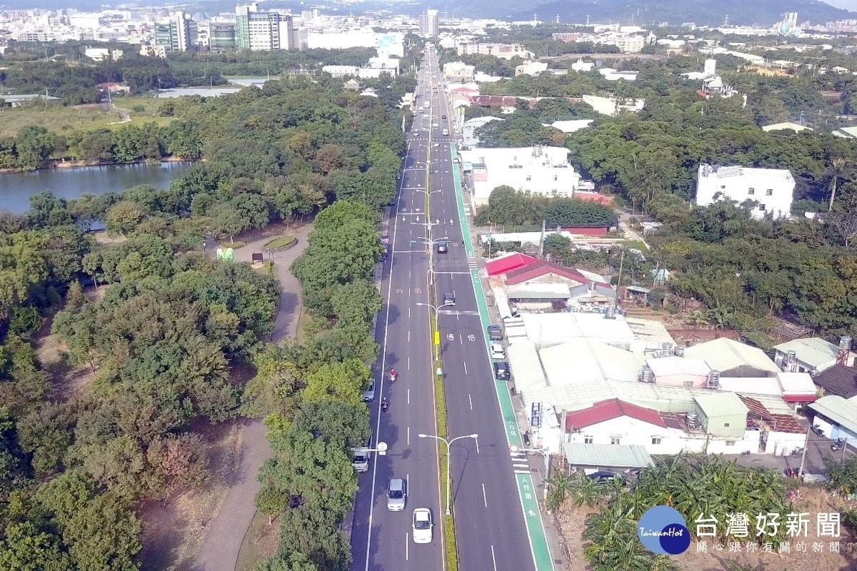 打造更安全通行環境 鄭文燦視察八德區興豐路改善工程