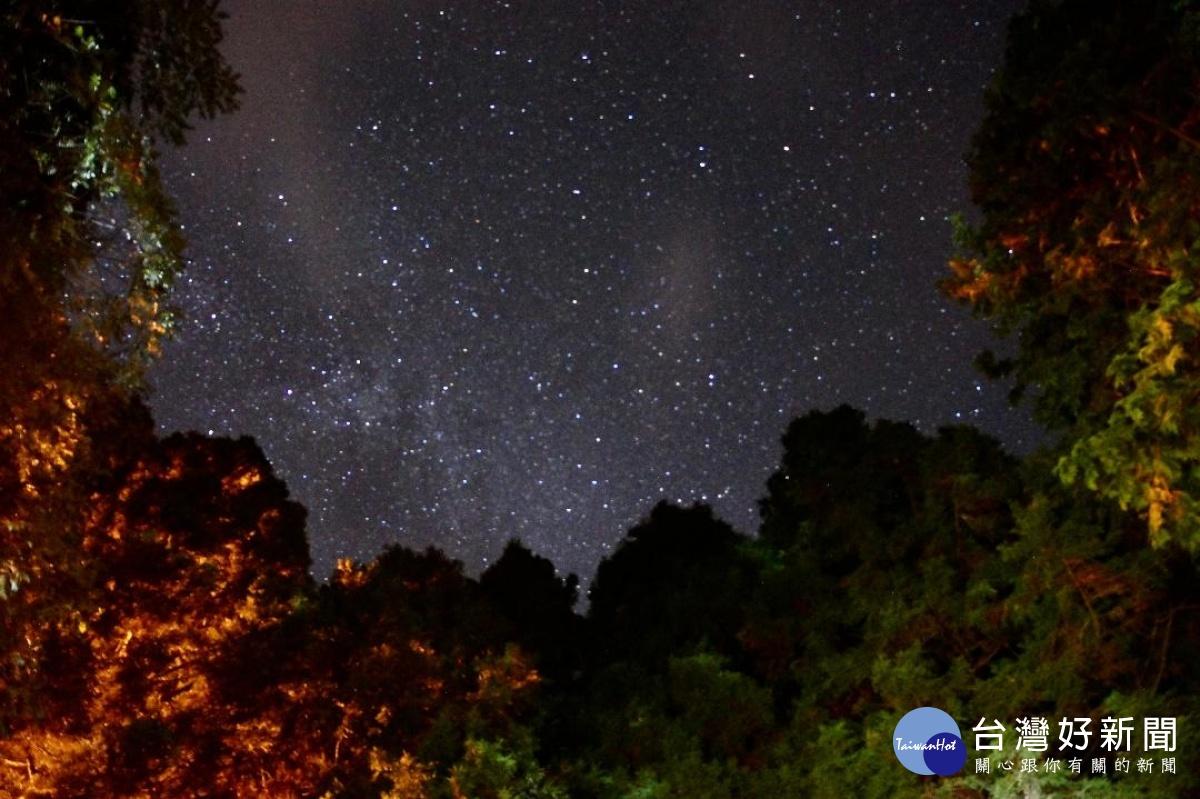 遨遊仲夏夜星空 領略觀霧聖稜星空之美