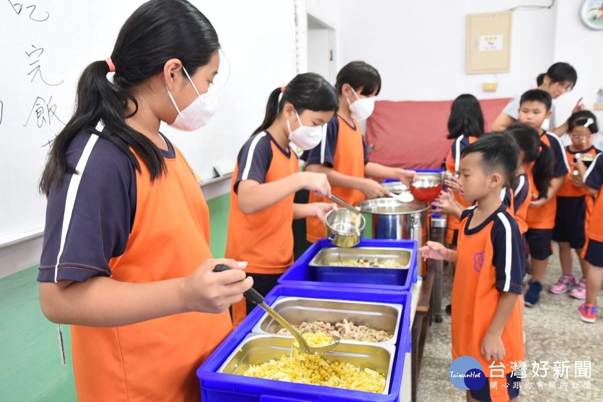 明年1月起澎湖幼兒園、國中小、老人餐食 全面採用國產豬肉