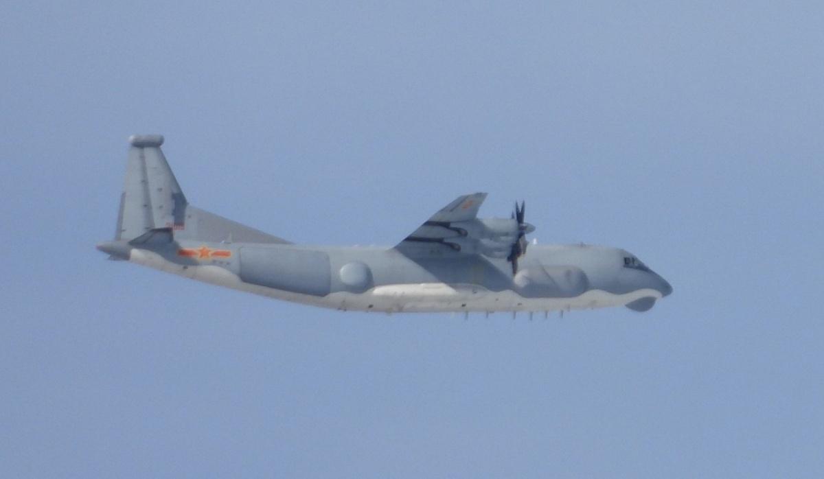 中共10月第18度派軍機近台 運9通信對抗機現蹤