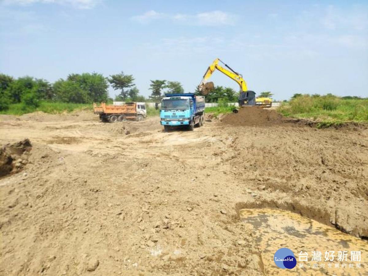 學甲爐碴案 南市環保局進行原生土壤及地下水檢測