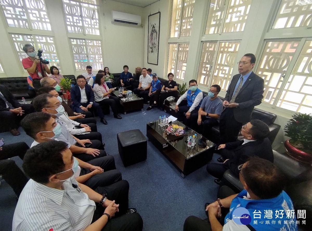 竹市警局長拜會議會 議員盼提升交通安全、強化治安維護