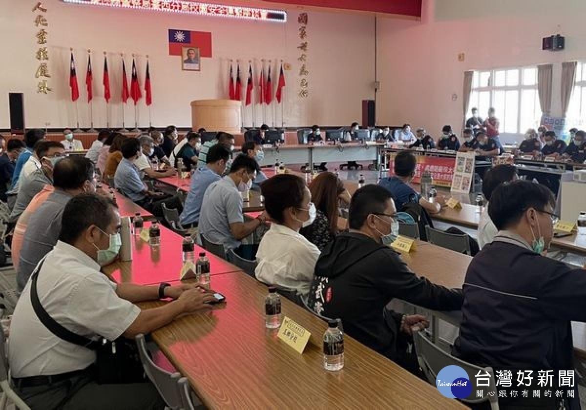 強化校園安全維護 臺西警分局召開座談會