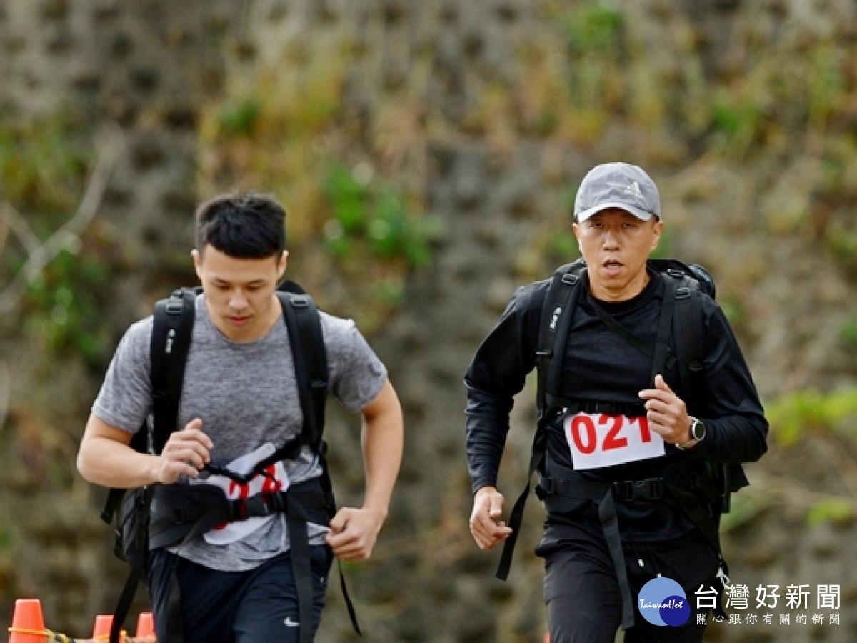 新竹林管處森林護管員甄試 騎擋車兼負重跑體力大考驗