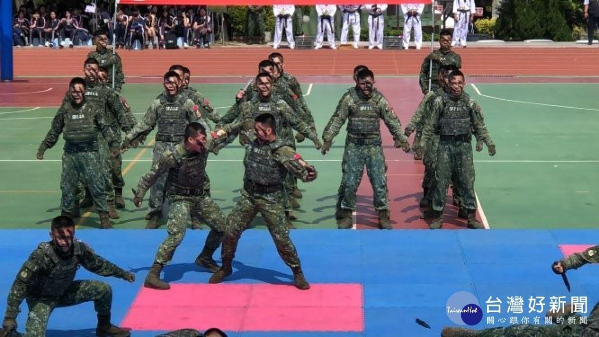 致用高中58週年校慶 國軍健兒助陣節目精彩