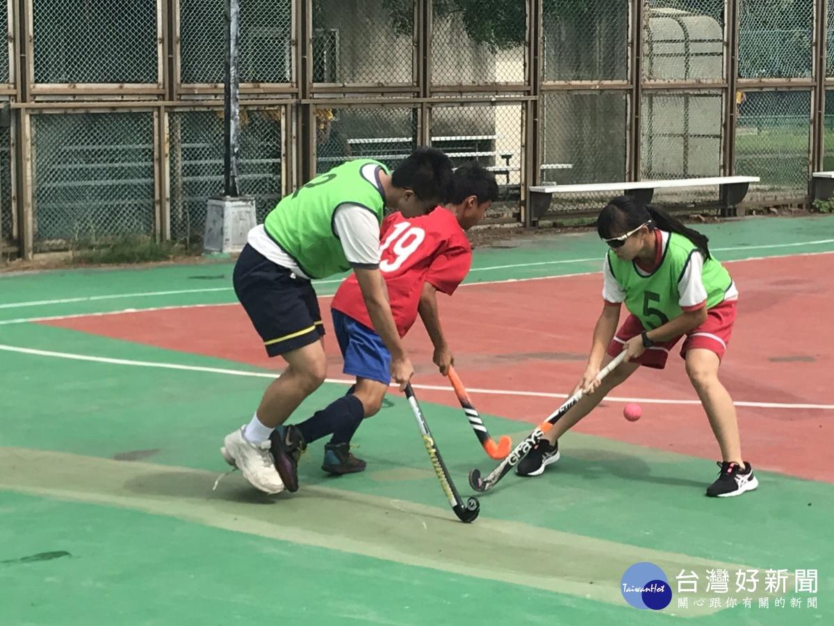 台中市長盃曲棍球錦標賽開幕 28隊255名選手參賽