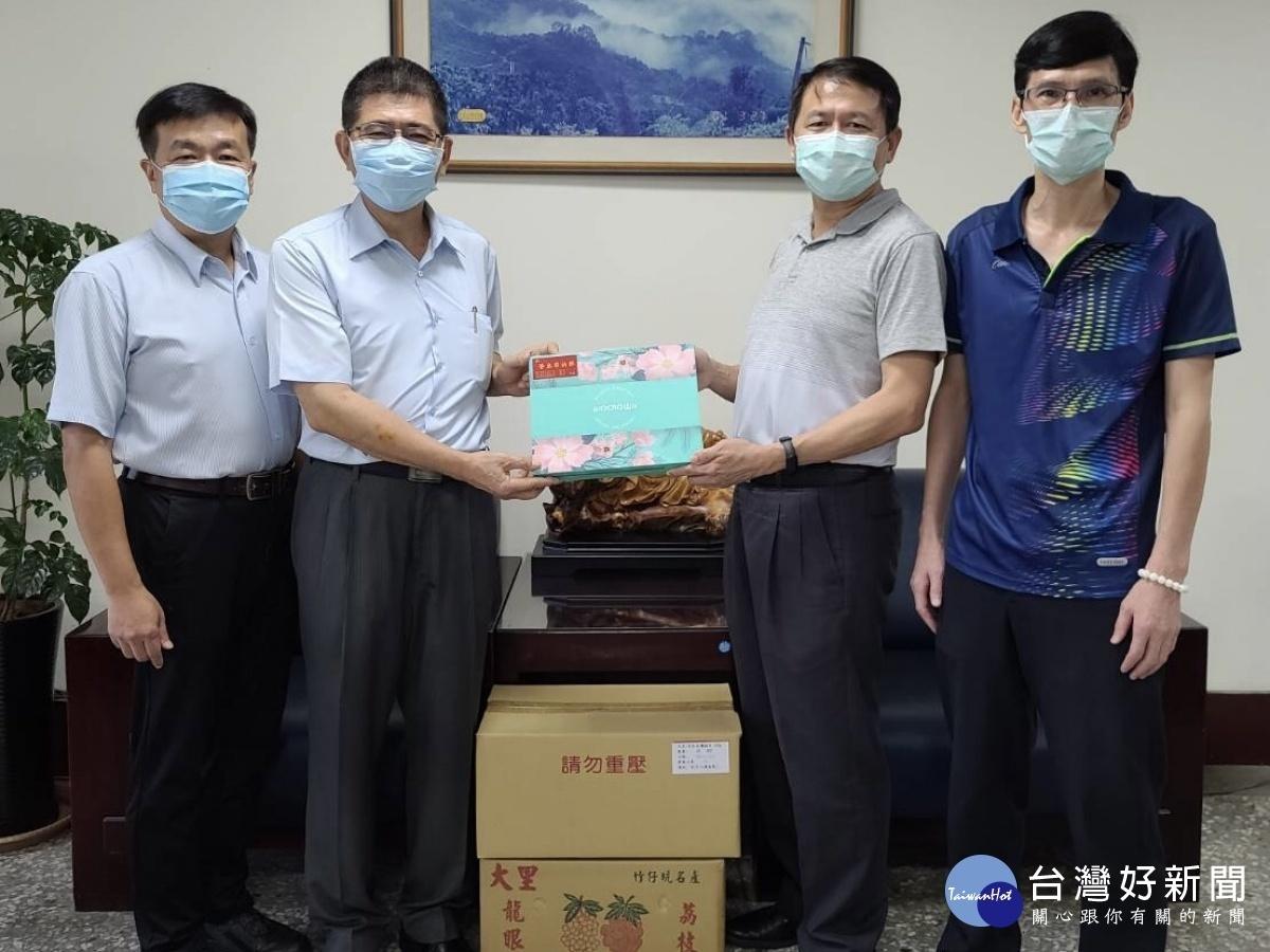 慶祝警察節 企業捐贈抗菌皂助警防疫