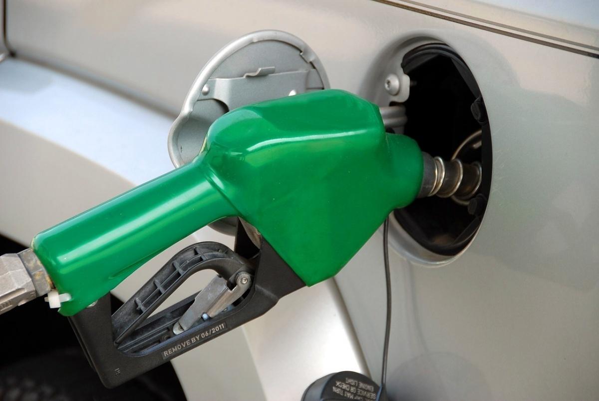 汽油漲0.3元 柴油不調整
