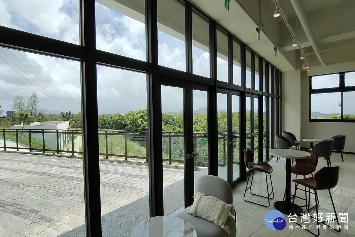 全球首座汙水處理廠裡的咖啡廳 桃市水務局打造「黑水」奇蹟