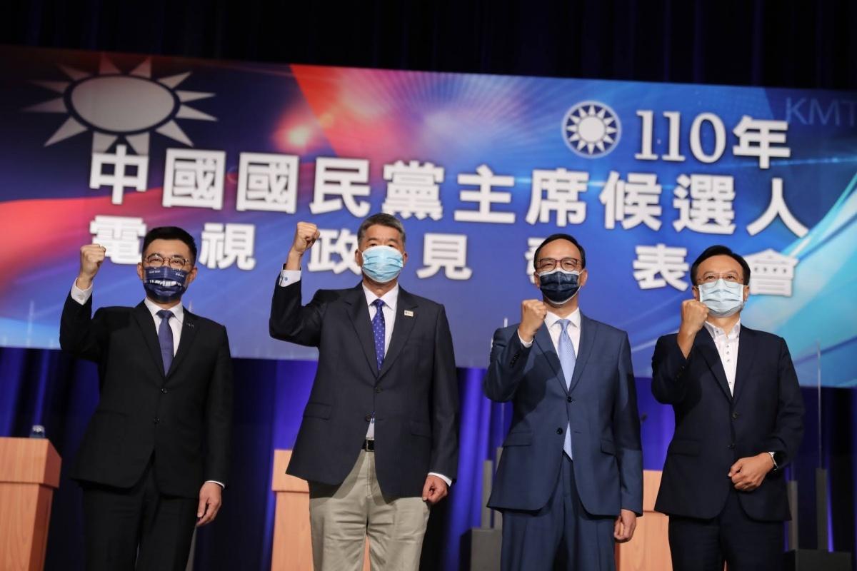 張亞中嗆「民進黨最怕我」 梁文傑:笑話