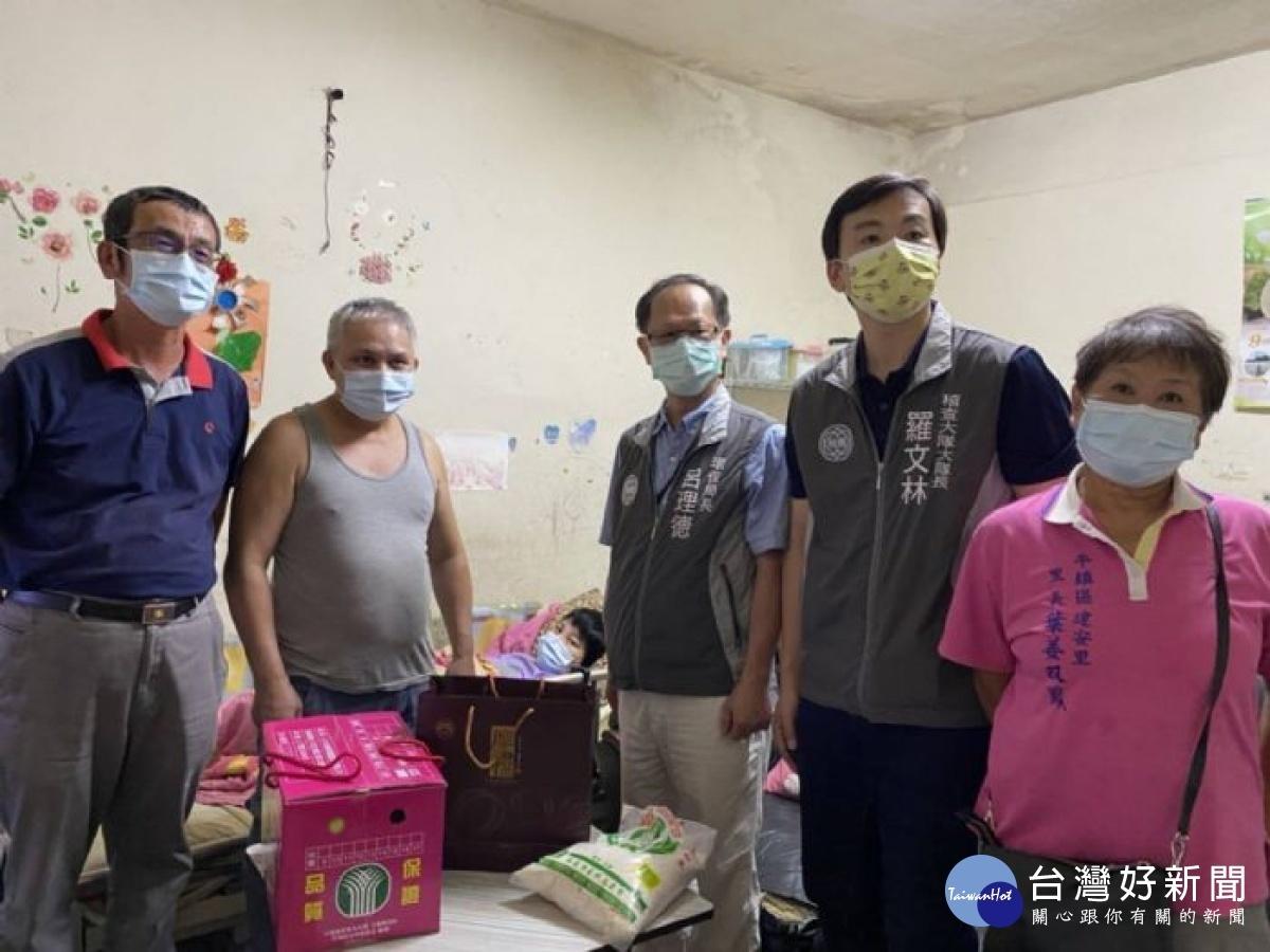 企業善心物品捐資收個體戶 桃市環保局中秋前夕送暖「疫」起防疫