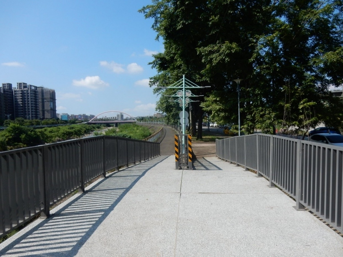 中市祥順東路自行車道平台改善完成 提升騎乘安全