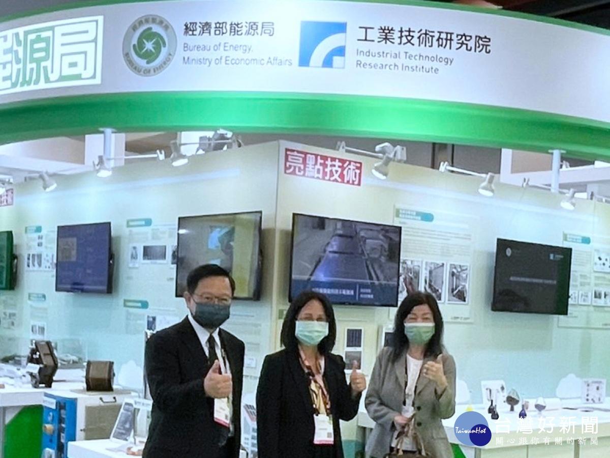 台灣創新技術博覽會 工研院TOPCon太陽能電池具國際競爭力